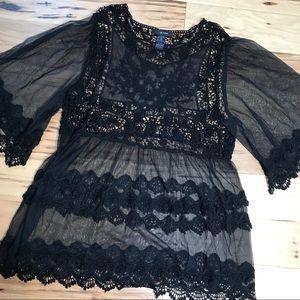 Ali Miles black lace top Sz 1X